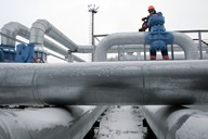 Gazprom prudce zkrátil dodávky plynu pro Ukrajinu