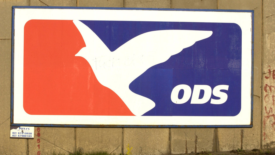 Retro logo ODS z doby, kdy její pták ještě letěl. Teď volným pádem míří k zemi...