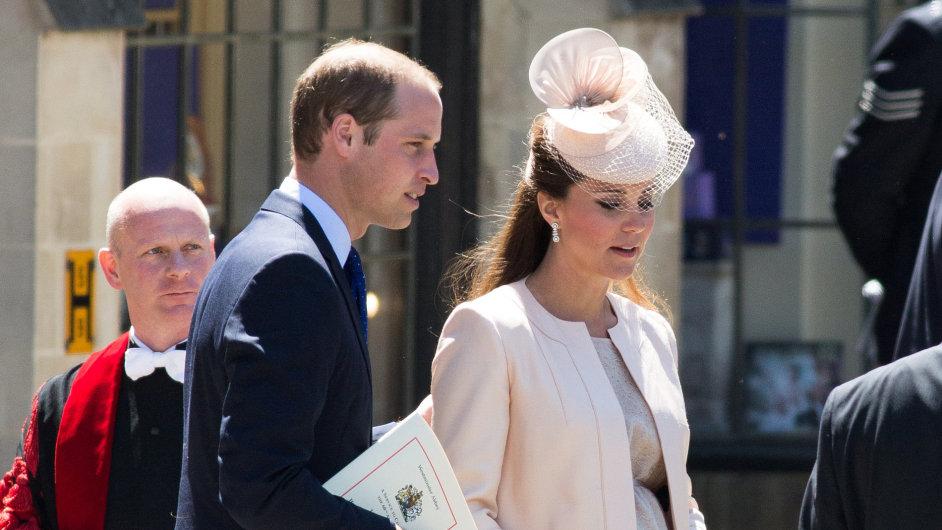Princ William s manželkou Kate se těší ze svého potomka.