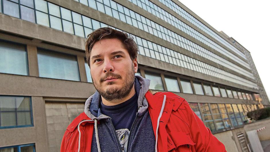 Dominik Lang Chalupeckého cenu získal po třetí nominaci.