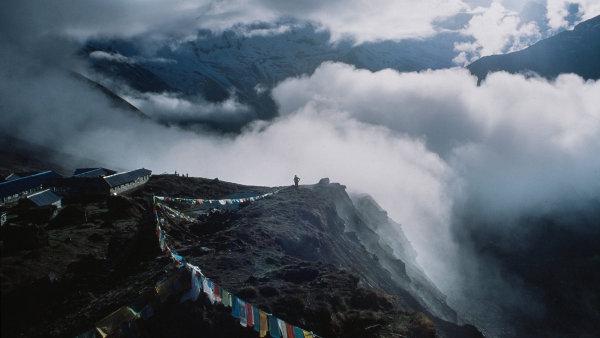 Jak prodat Mount Everest? Nep�l �iv� nejvy��� hory sv�ta