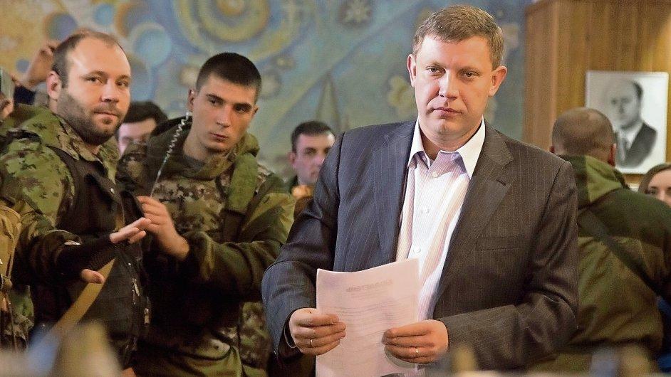 Alexandr Zacharčenko, který dříve pracoval na šachtě, nyní v Doněcku buduje nikým neuznaný stát.