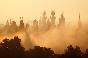 Okouzleni Českem. Čtrnáct osobností zve na zajímavá místa v krajích