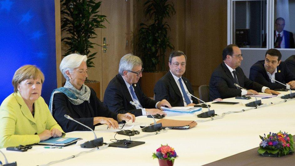 Lídři eurozóny jednali o řecké finanční krizi.