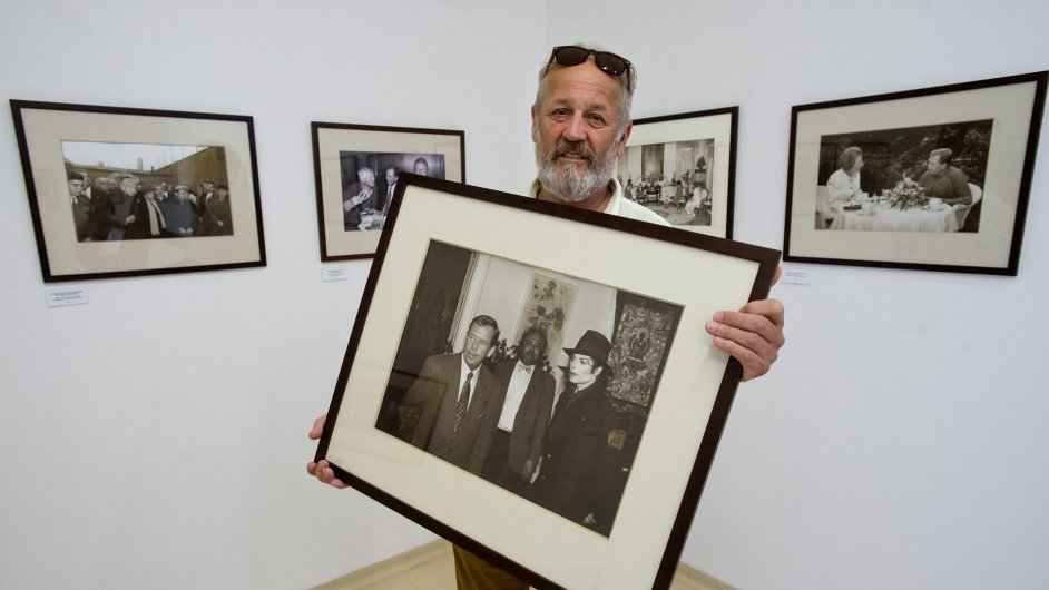 Snímky z výstavy Václav Havel objektivem Jiřího Jírů