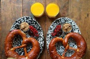 Symetrické jídlo dobývá Instragram: Britský pár prozradil, co každý den snídá