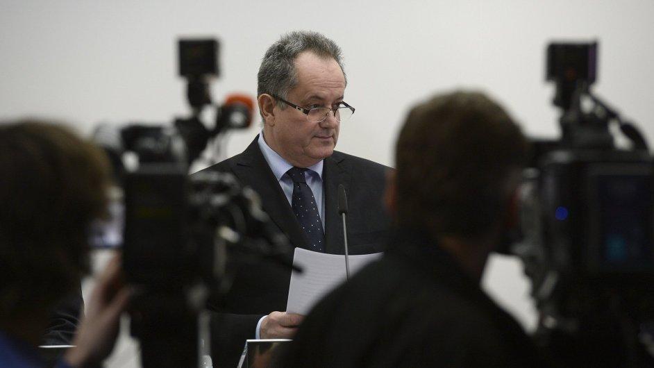 Ředitel Střední průmyslové školy Na Třebešíně František Bártl vystoupil 17. února v Praze na tiskové konferenci k situaci na škole.