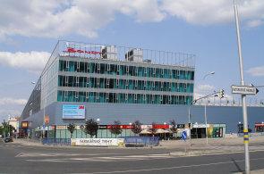 Obchodní centrum Bondy vMladé Boleslavi nově spravuje realitněporadenská společnost Cushman & Wakefield.