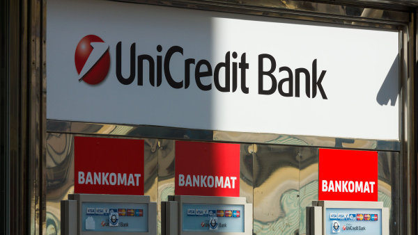 Největší italská banka UniCredit v prvním čtvrtletí vykázala vyšší než očekávaný zisk 907 milionů eur - Ilustrační foto.