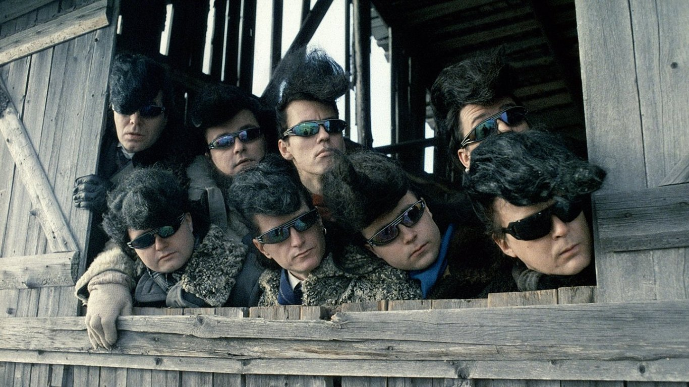 V programu nechybí ani nejodlehčenější Kaurismäkiho film Leningradští kovbojové dobývají Ameriku.