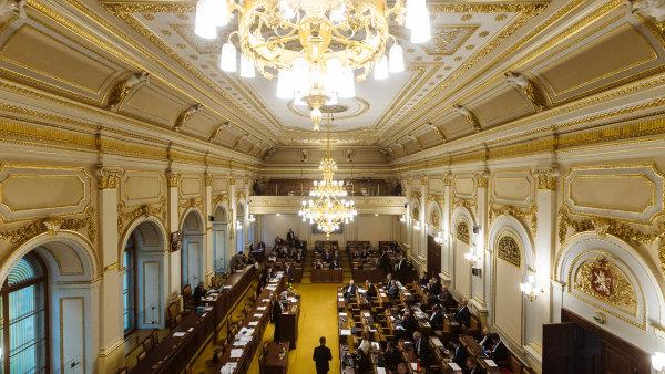 Poslanecká sněmovna odsouhlasila dohodu CETA - Ilustrační foto.