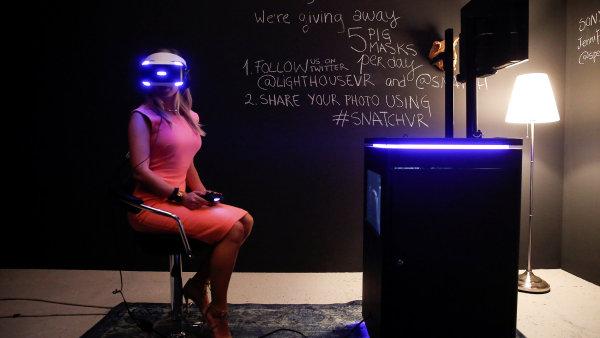 Novinkou letošního festivalu v Benátkách je sekce věnovaná filmům ve virtuální realitě.