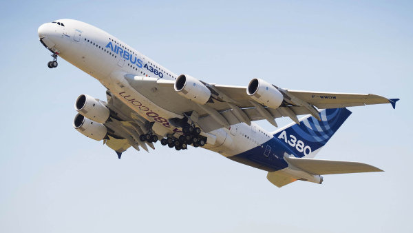 Konec superjumba A380: Obří stroj byl navržen pro neúspěch, při jeho vzniku hrál roli spíš testosteron než logika