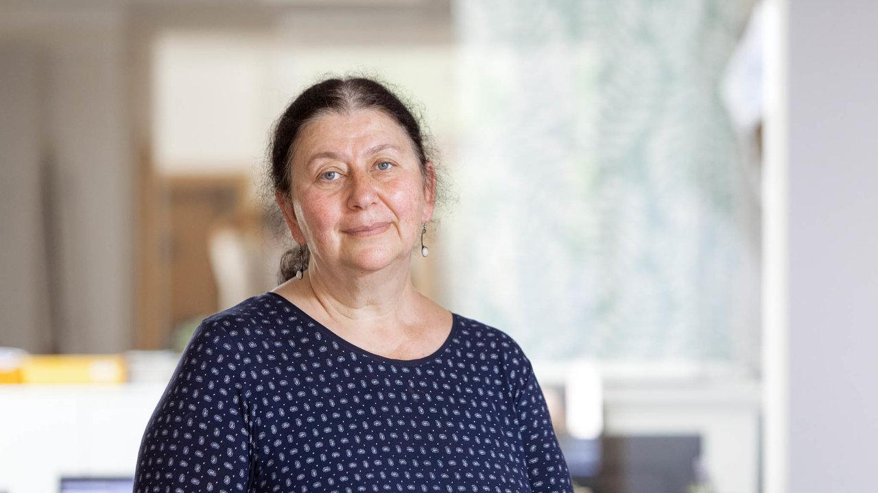 Ruth Šormová, ředitelka pražského domácího hospice Cesta domů. VČesku by tři lidé zečtyř rádi zemřeli doma, ale podaří se to jen jednomu znich.