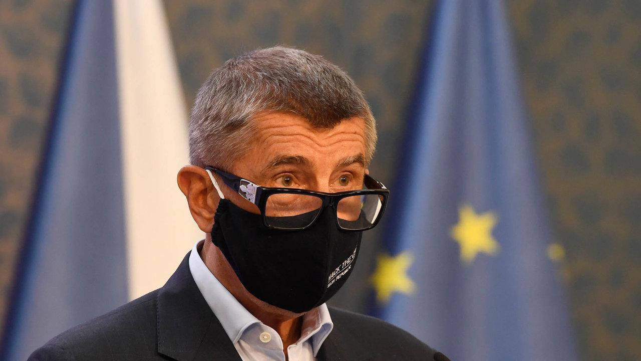 Kabinet schválil vznik orgánu, který bude dohlížet nachytrou karanténu. Bude se jmenovat Rada vlády pro zdravotní rizika avjejím čele bude premiér Andrej Babiš.
