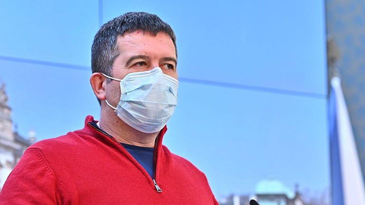 Česko jako riziko: Hrozí zemi opatření? Kde vláda chybuje? Jan Hamáček živě v DVTV