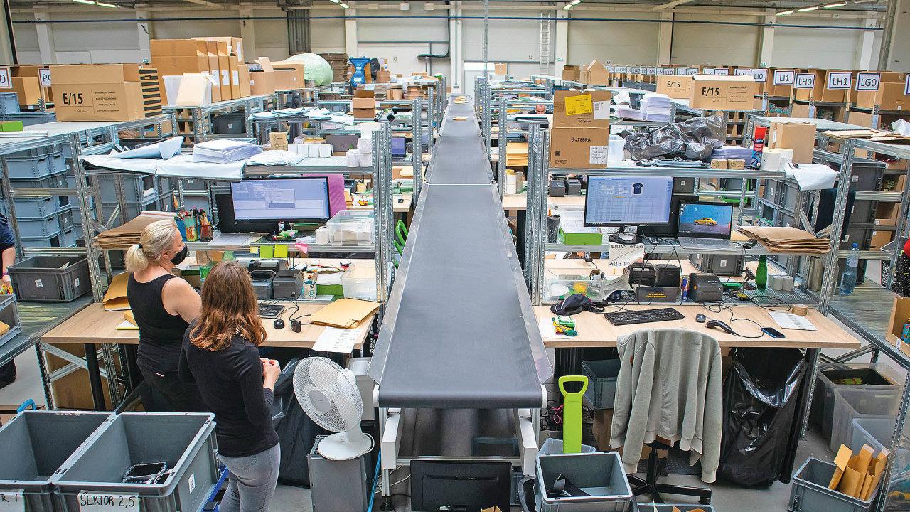 Nařadu přišla automatizace procesů ivyužívání dopravníkových pásů.