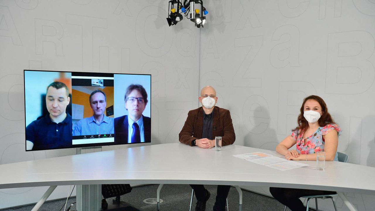 O čistém vzduchu hovořil (zleva) Aleš Boháč, Kurt Dědič, Josef Schwarz, Jan Rovenský a Zuzana Keményová.