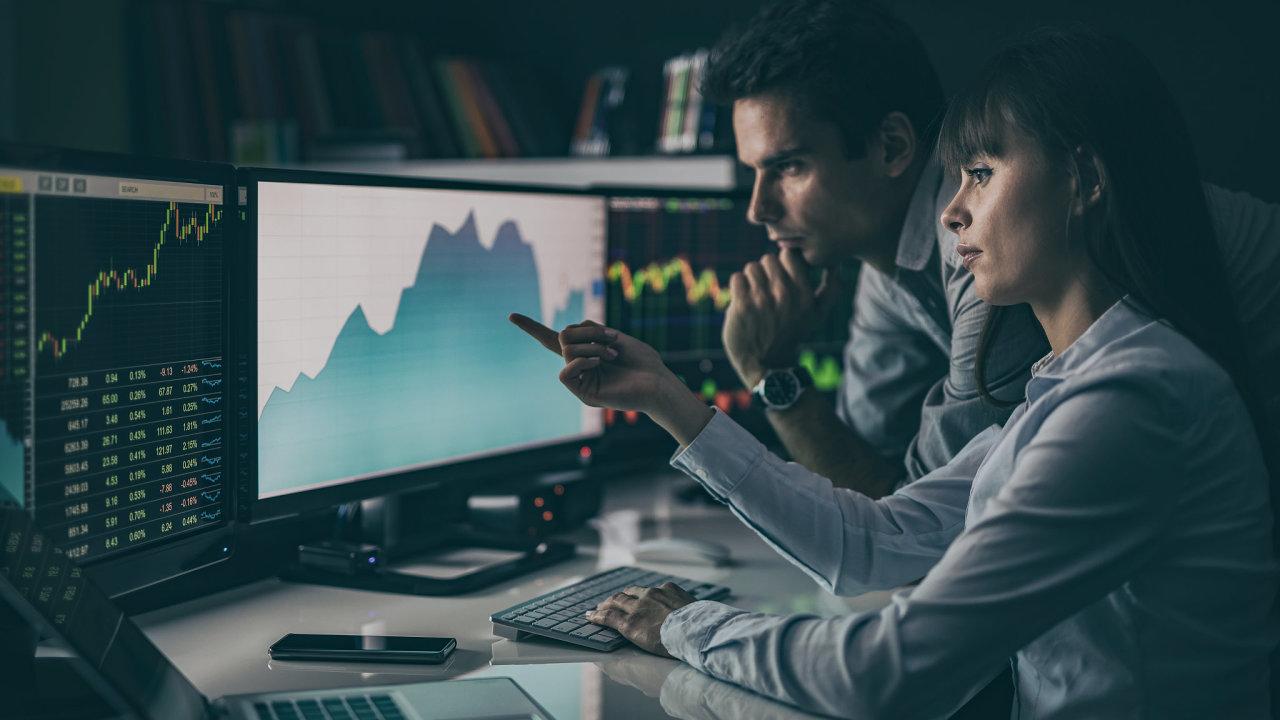 žena, investice, počítač, trhy, akcie