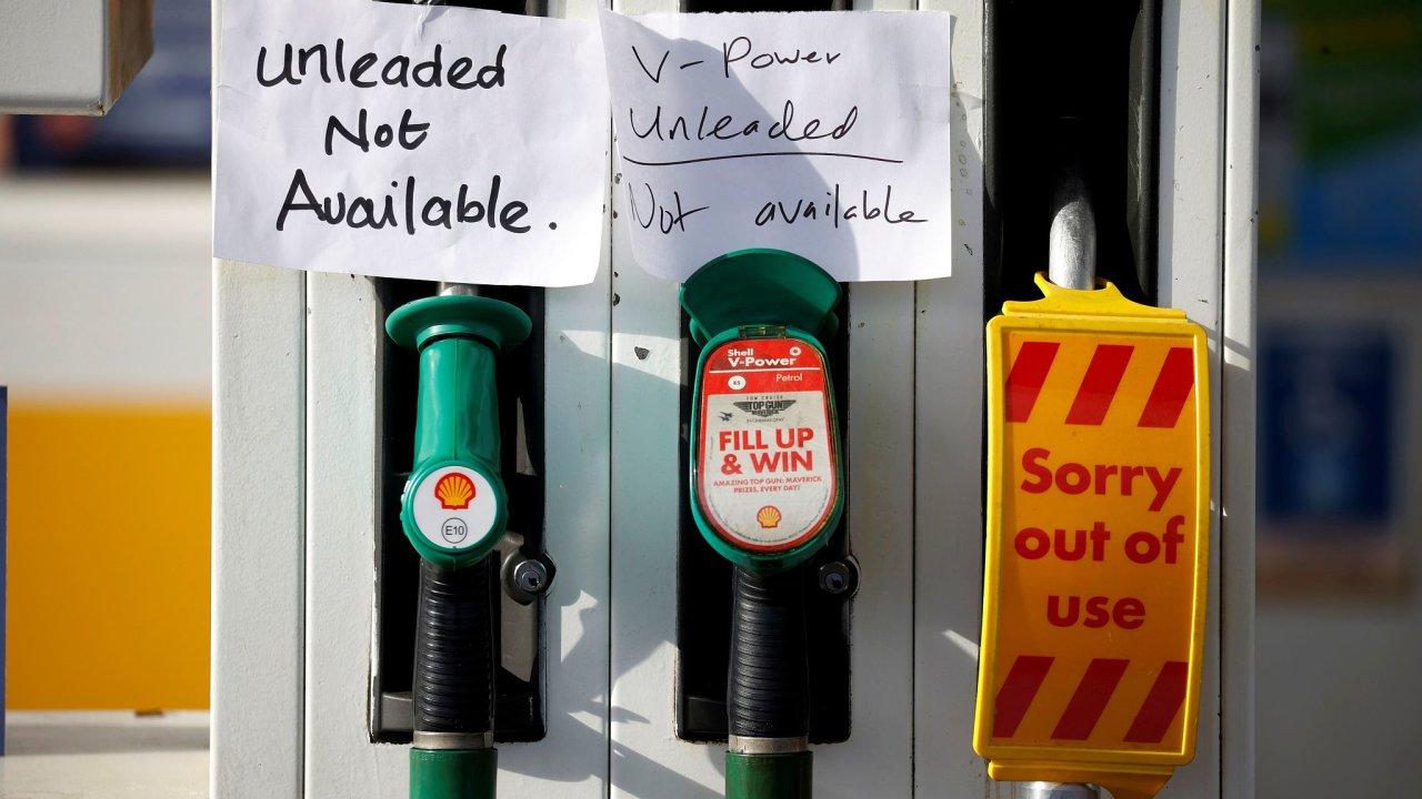 Nedostatek pohonných hmot ve Velké Británii