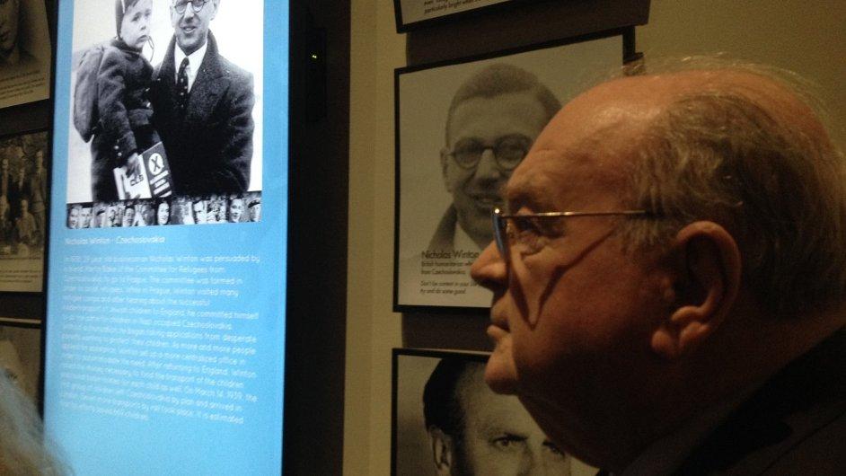 Honorární konzul Peter Rafaeli v Muzeu holokaustu na Floridě