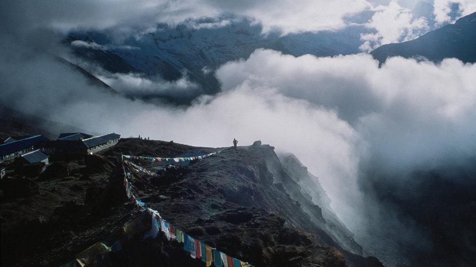 Do Nepálu míří každým rokem více turistů, utrácejí tam ale čím dál tím méně peněz.