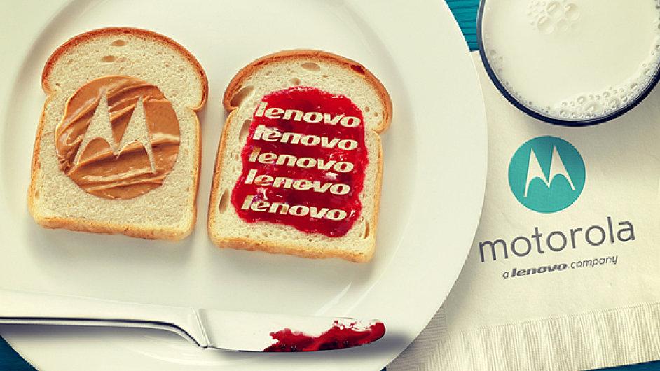 Loga Motorola Mobility a Lenovo jako oblíbený sendvič