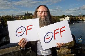 Autor loga Občanského fóra, Seznamu či Datartu: Jsem OFF