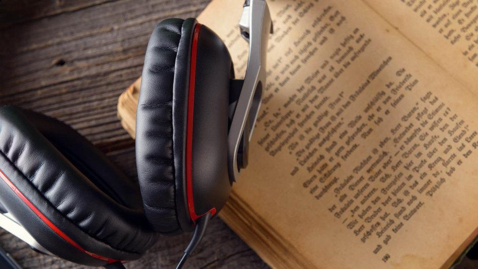Audioknihy se snaží o větší podíl na českém trhu.