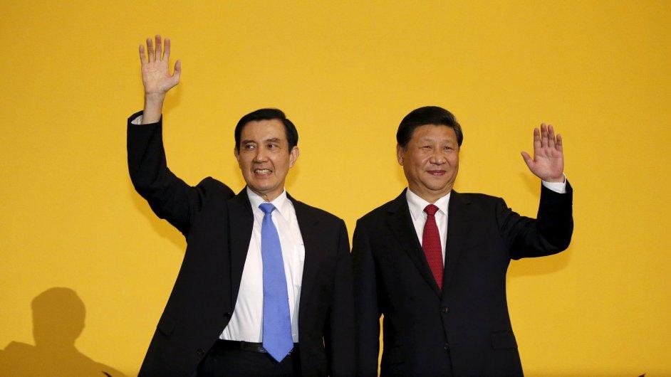 Si Ťin-pching (vpravo) a Ma Jing-ťiou na sobotním setkání.