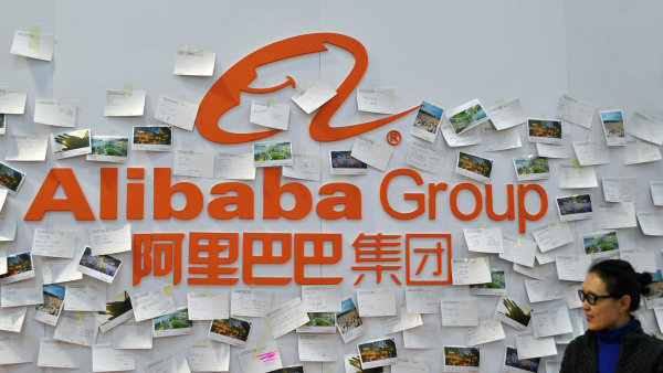 Alibaba prodal za rok zbo�� za t�i biliony juan�.