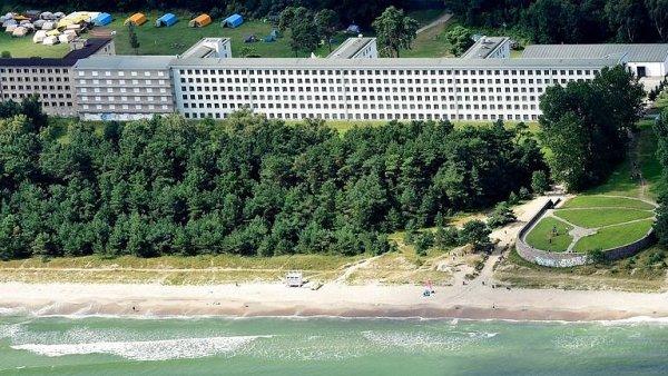 Nacistický komplex Prora na Rujáně se postupně mění na luxusní resort.