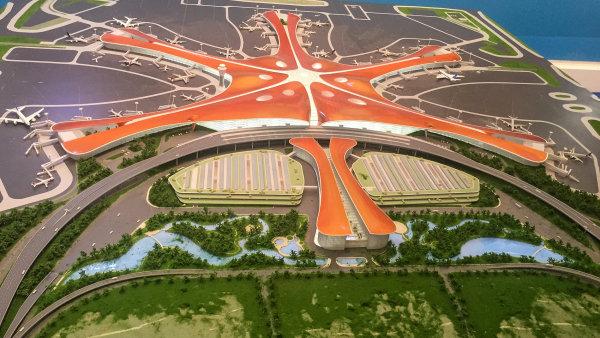 Model letiště Ta-sing v Pekingu.