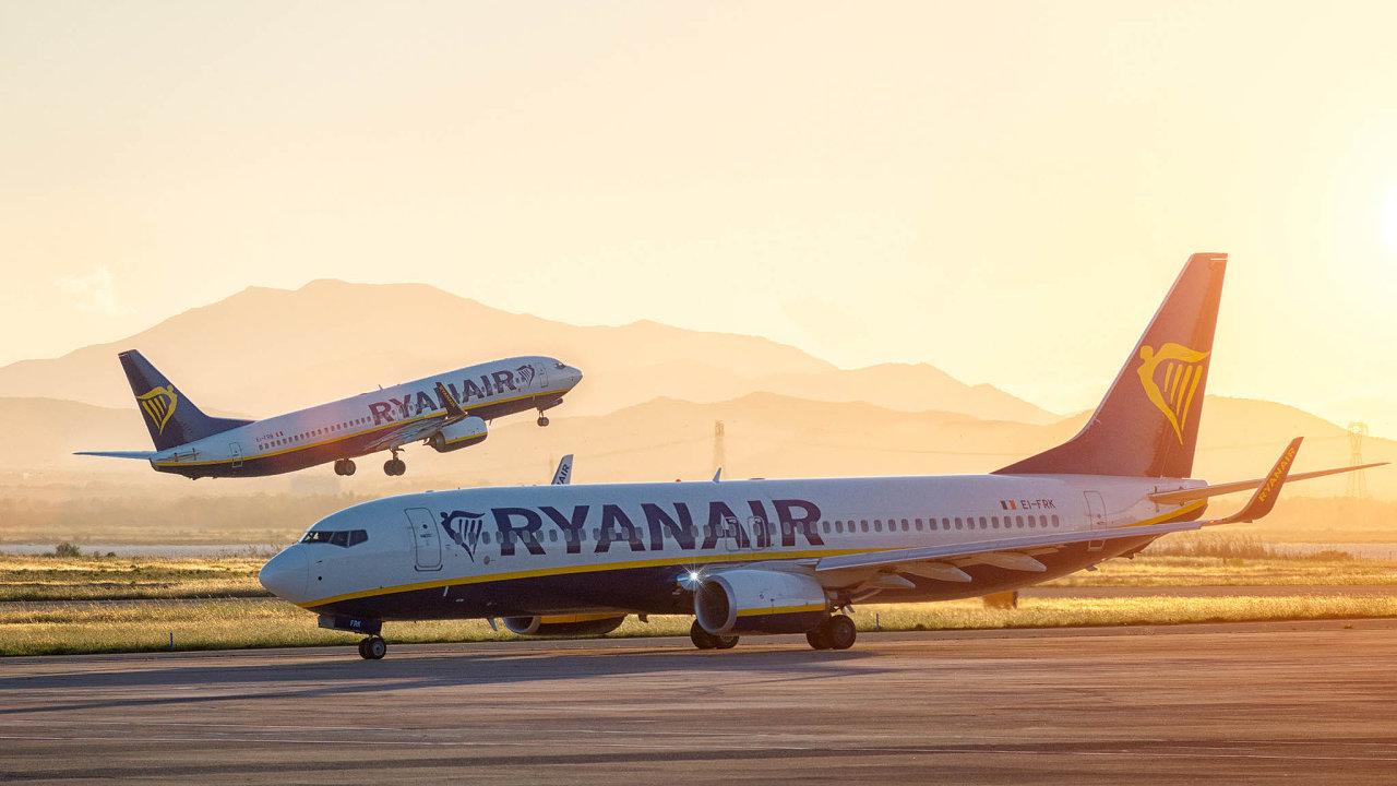 V aerolinkách Ryanair se musí vypořádat s hrozbou tvrdého brexitu.