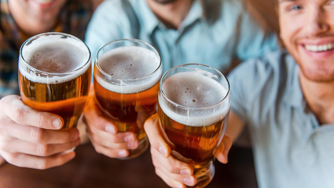 Akciím firem, které vyrábějí alkoholické nápoje, se daří