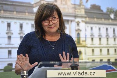 Vybereme vícepeněz. Ministryně financí Alena Schillerová chystá daňové změny zamiliardy.