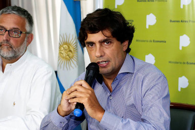 Novým argentinským ministrem financí je Hernan Lacunza. Dříve působil jako hlavní ekonom Argentinské centrální banky.