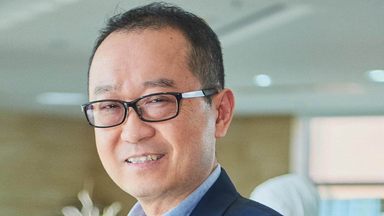 Čang Ťün, děkan Fakulty ekonomie Univerzity Fu-tan a ředitel Čínského centra pro ekonomické studie, think-tanku se sídlem v Šanghaji.