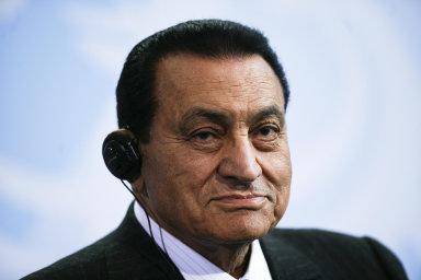 Husní Mubárak za svůj život přestál nejméně šest pokusů o atentát, z úřadu ho nakonec donutily odejít miliony Egypťanů během takzvaného arabského jara.