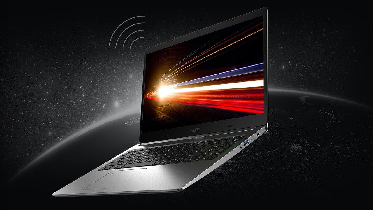 Acer Aspire 5 v nejlépe vybavené verzi v obyčejném těle skrývá výborný poměr ceny a výkonu