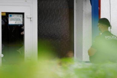 Útočník zabil ve slovenské škole člověka. Policie ho na útěku zastřelila. - Ilustrační foto.