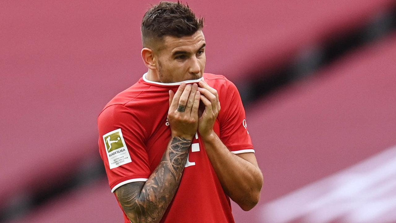 Francouzský fotbalista Lucas Hernández porušil nařízení soudu a bude muset do vězení.