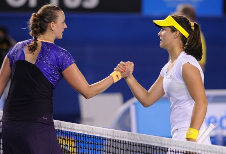 Petra Kvitová a Laura Robsonová po vzájemném utkání na Australian Open