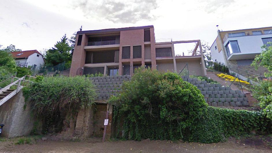 Vila v Troji, která patřila Peake