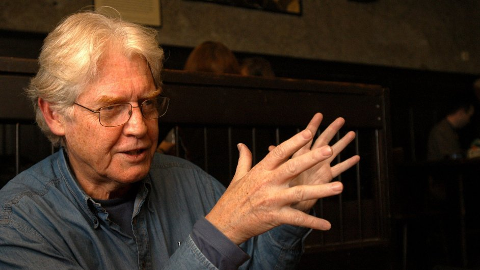 Kanadský novinář a překladatel Paul Wilson