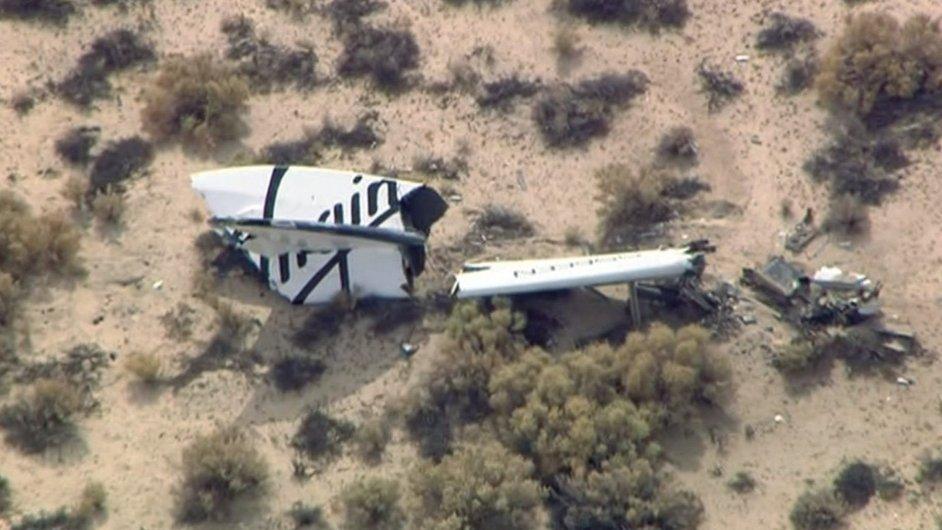 Trosky vesmírné lodi SpaceShipTwo společnosti Virgin Galactic