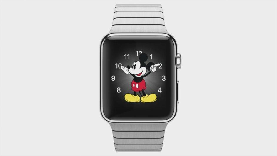 Představení Apple Watch a nového Macbooku