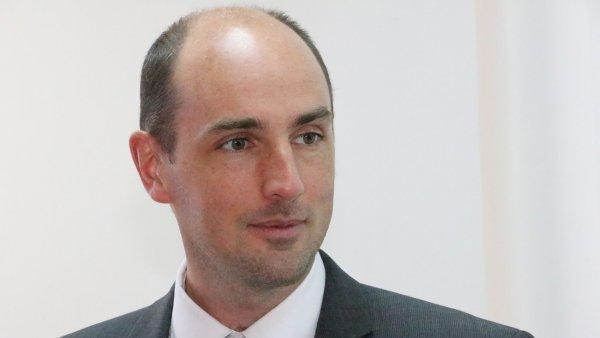 Dr. Stephen Fisher z Oxfordské univerzity