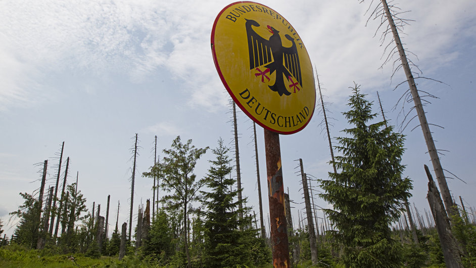 Historický hraniční přechod Modrý sloup na Šumavě (ilustr. foto)