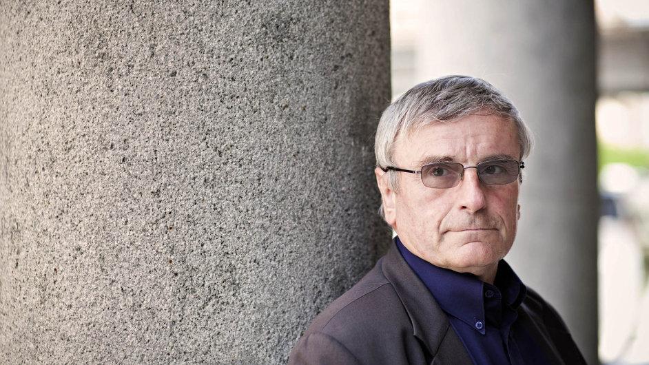 Jaromír Dušek. Bývalý odborářský boss je dnes náměstkem hejtmana Pardubického kraje pro dopravu.